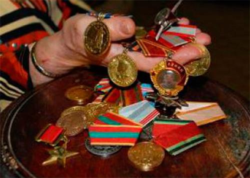 Похищение военных наград в Херсоне