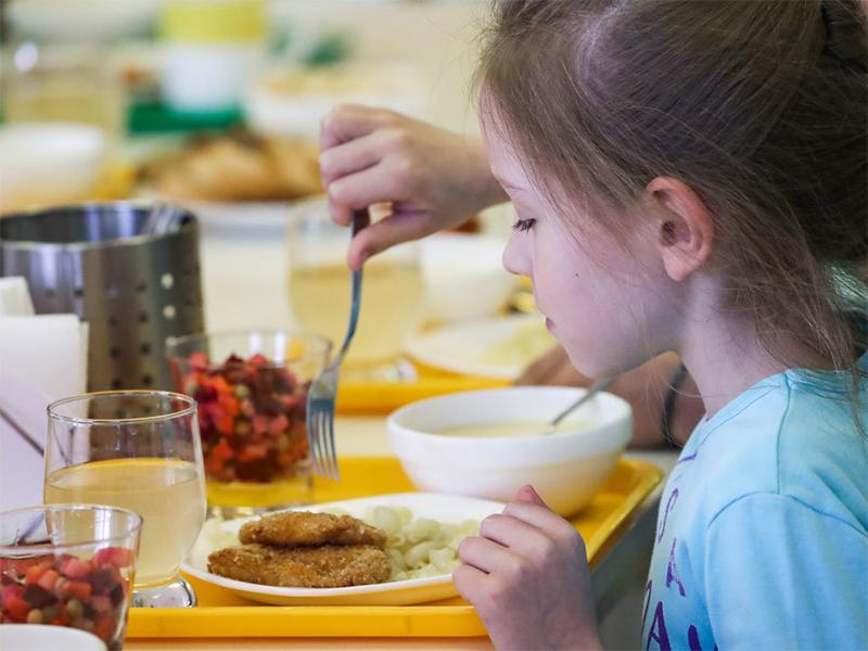 В Херсоне наконец-то проверят питание в учебных заведениях?