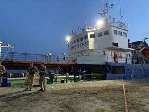 Швейцарцам отдали топливо, но сам танкер «Mriya» - под арестом