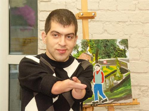 Херсонский художник, который рисует без рук