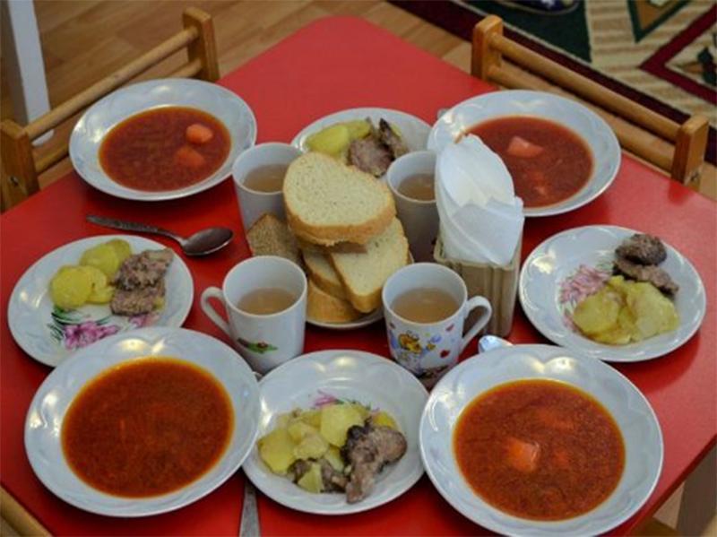 Харчування у дитячих закладах Херсонщини під контролем обласної ради