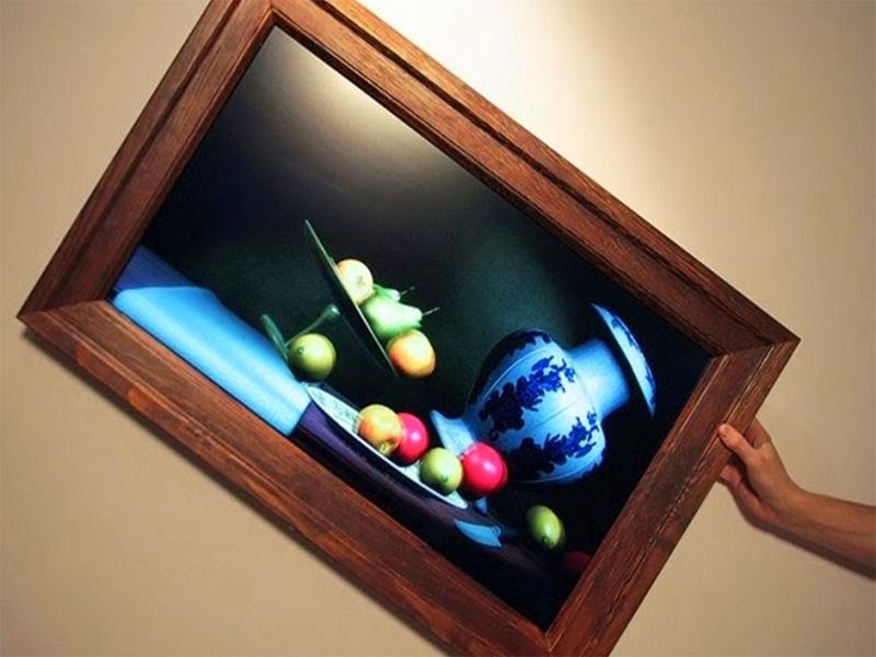 На малыша в Херсоне упала картина
