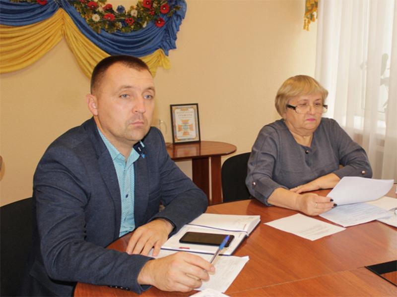 В Олешківській райраді відбулося засідання бюджетної комісії