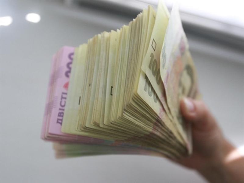 Херсонская пенсионерка обменяла настоящие деньги на фальшивые