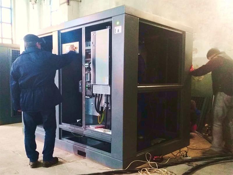 На Херсонской верфи СМГ вводят в эксплуатацию новые компрессоры
