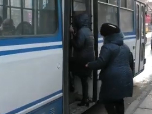 Чи монетизують пільги на проїзд у громадському транспорті Херсона?