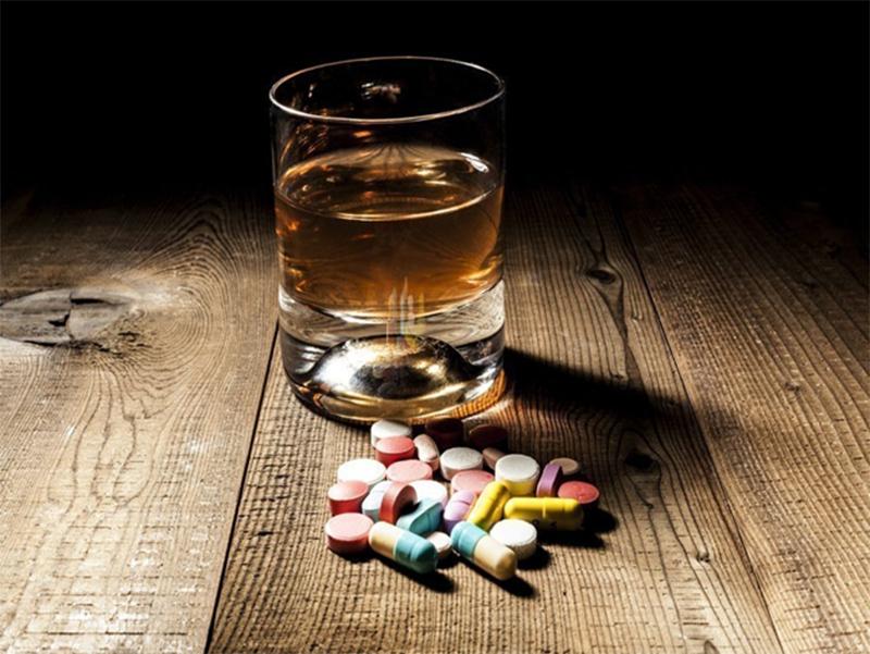 На Херсонщине самоубийца встретил врачей пьяным