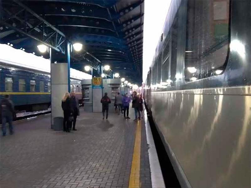Залізничне сполучення з Херсонщиною зручнішим не стане
