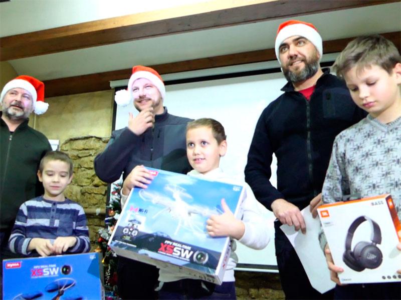 Ветерани АТО привітали у Херсоні дітей загиблих побратимів
