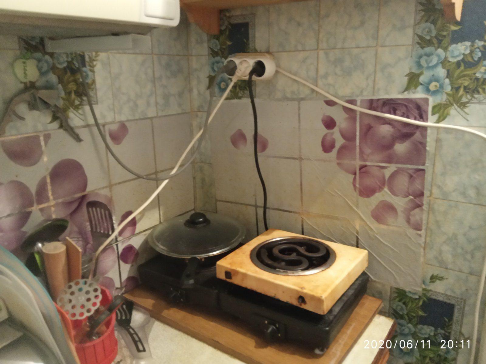 Забытая на плите сковородка едва на сожгла общежитие в Херсоне