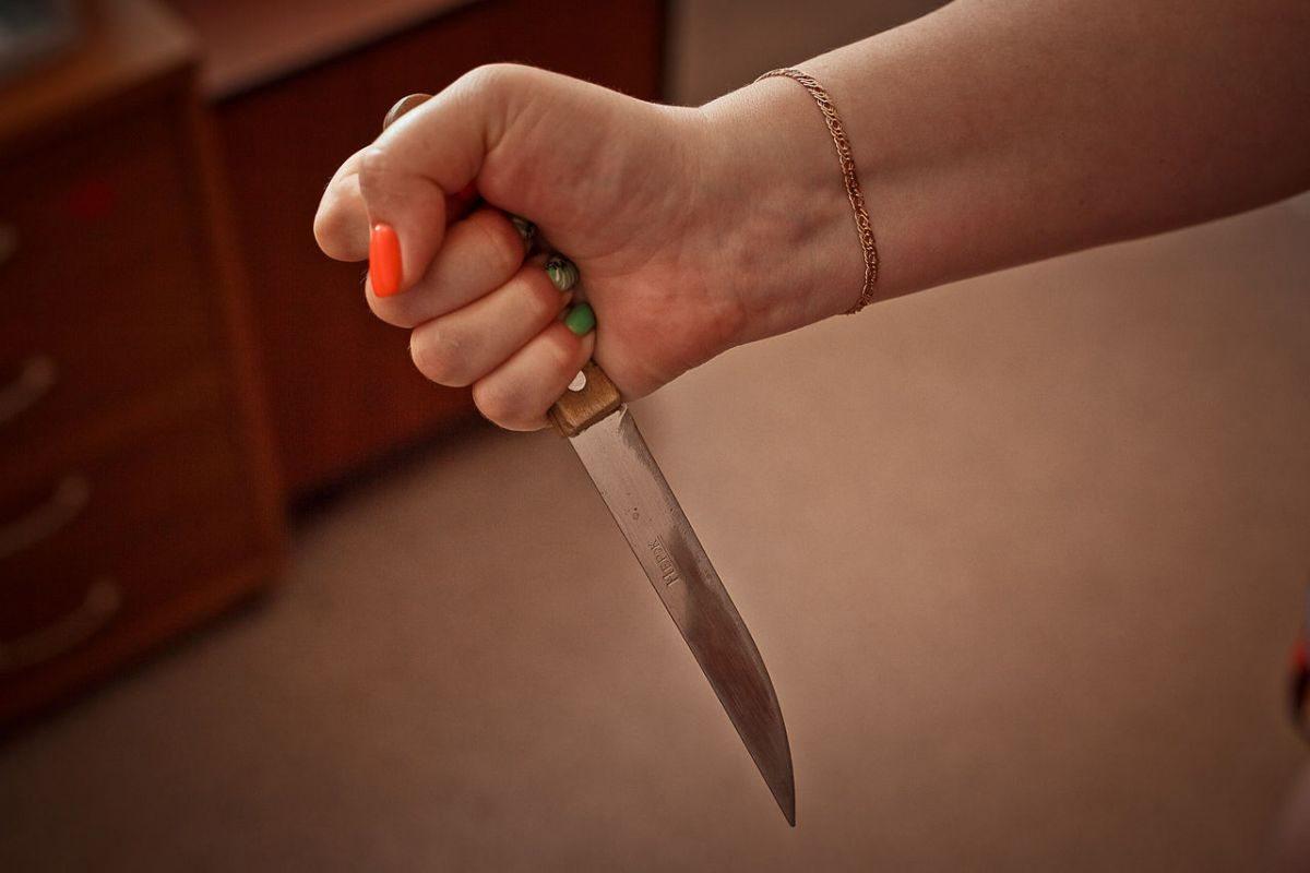 На Херсонщине раненый муж спрятался от разъярённой жены в лесу