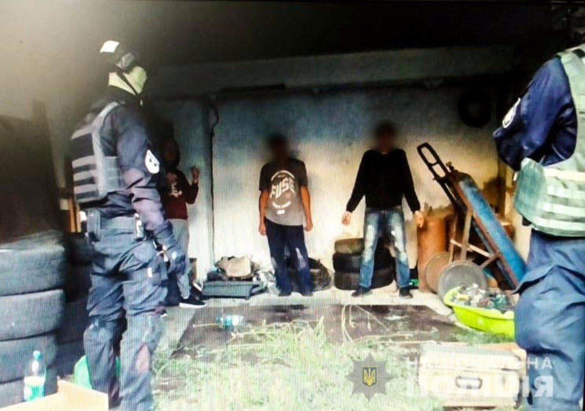 На Херсонщине полицейские изъяли 45 килограммов марихуаны на миллион гривен