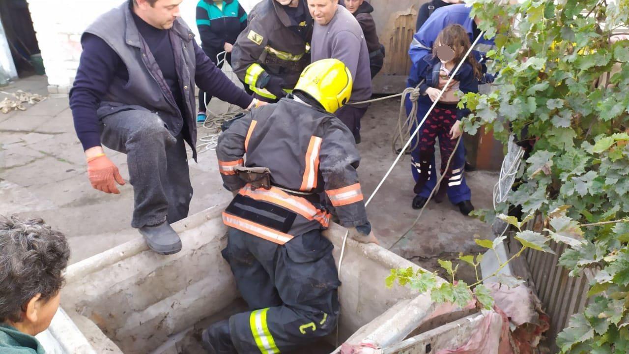 В Херсонской области девочка упала в 15-метровый колодец