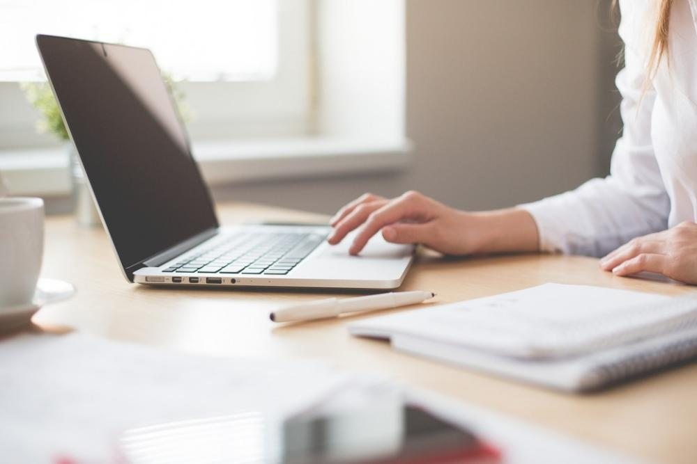 Минздрав предложил работодателям перевести сотрудников в онлайн с сохранением зарплаты