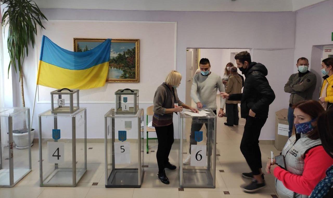 В Херсонской области полиция открыла уголовное расследование по нарушениям на выборах