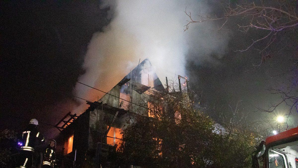 В Херсонской области злоумышленники подожгли жилой дом