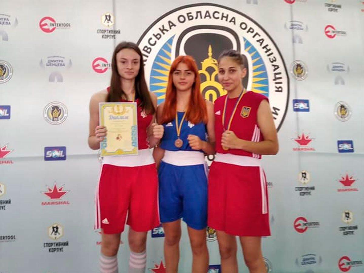 Херсонские спортсменки – медалистки Кубка Украины по боксу