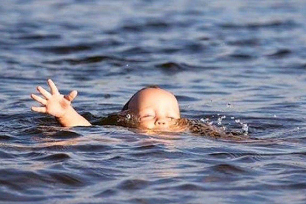 На Херсонщине утопившая 4-летнего сына в канале женщина взята под стражу