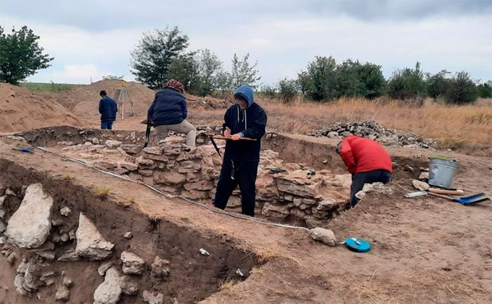 Кам`янська Січ, дослідження, археологи
