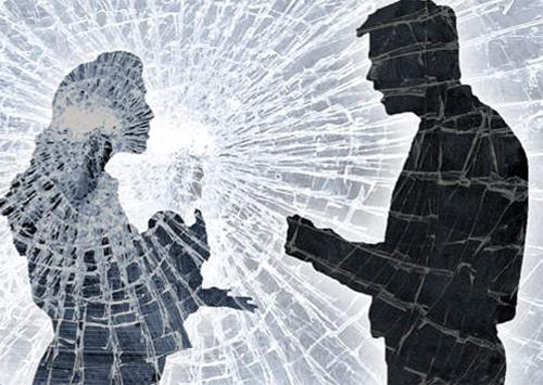 Поссорившись с женой, житель Новой Каховки едва не убил сына