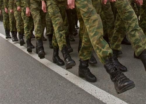 Обувью херсонских военных занялась прокуратура