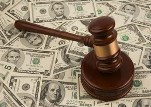 Херсонському комунальному підприємству «нагадали»  про 1.4 млн. грн. боргу по зарплаті