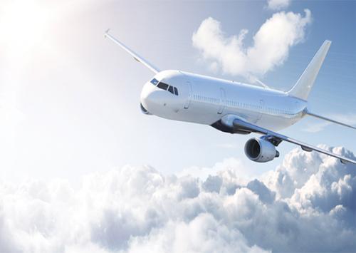 Призупинили пасажирське авіасполучення Херсона з Києвом