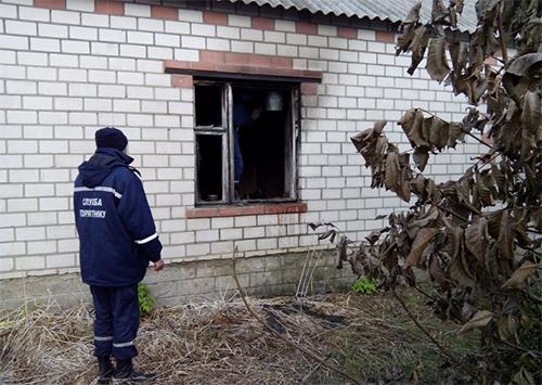 На Херсонщині під час ліквідації пожежі виявлено труп чоловіка