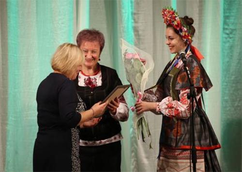 Работников культуры и мастеров народного искусства Херсонщины поздравили с праздником