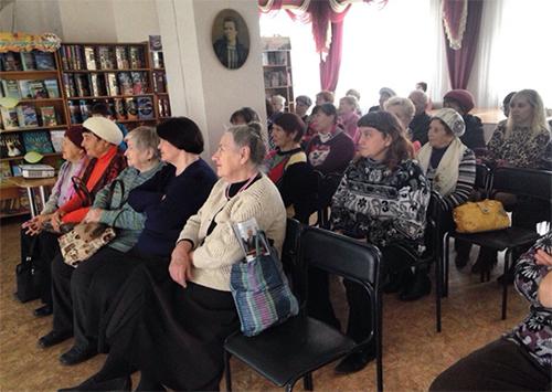 Херсонців ознайомили з життям Людмили Гурченко