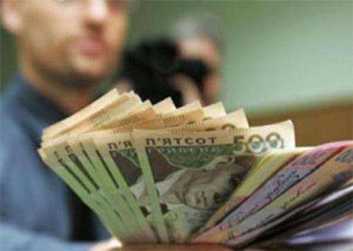 Шайка херсонских мошенников объегорила полтора десятка банков