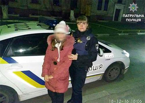 Херсонской полиции Святой Николай помогает