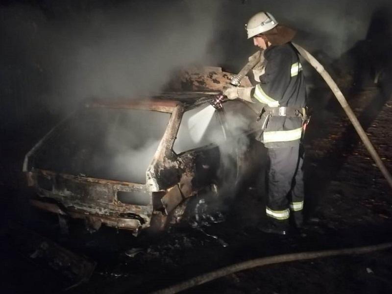В Херсонской области дотла сгорела «восьмёрка»