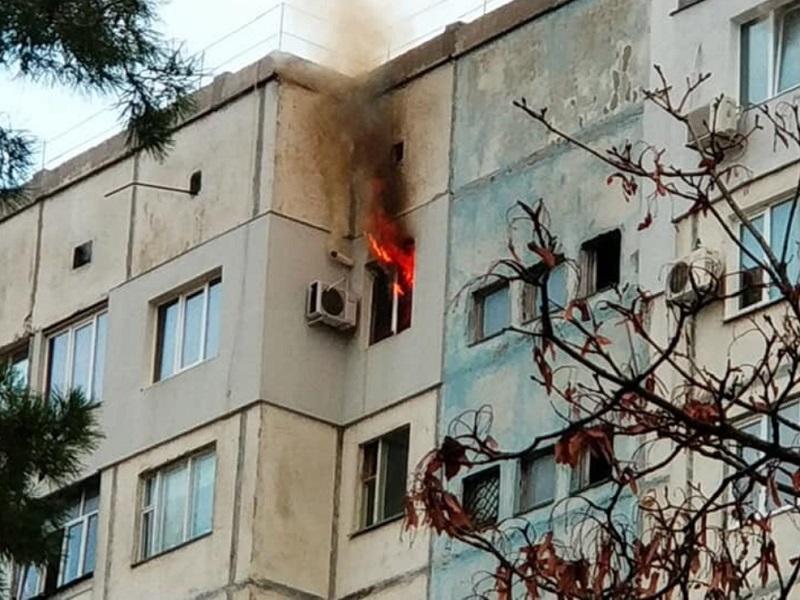 В Херсонській області згоріли дві квартири у дев'ятиповерхівках