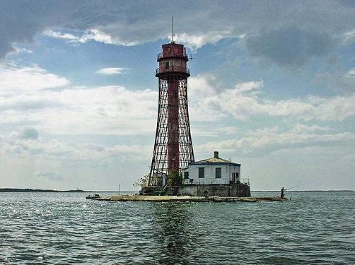 В Херсонской области установлен самый необычный и самый высокий маяк Украины