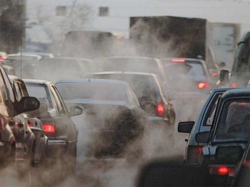 Херсонці буквально задихаються від викидів  автомобілів