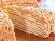 На Херсонщине трое внучек отравились бабушкиным тортиком
