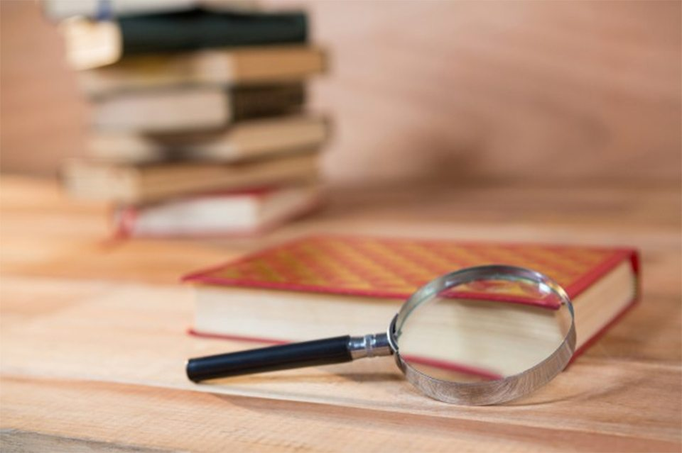книги, детективи, різновиди