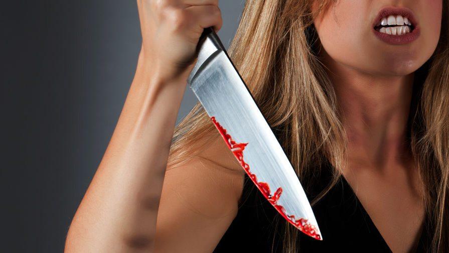 В Херсоне разгневанная женщина порезала соседа