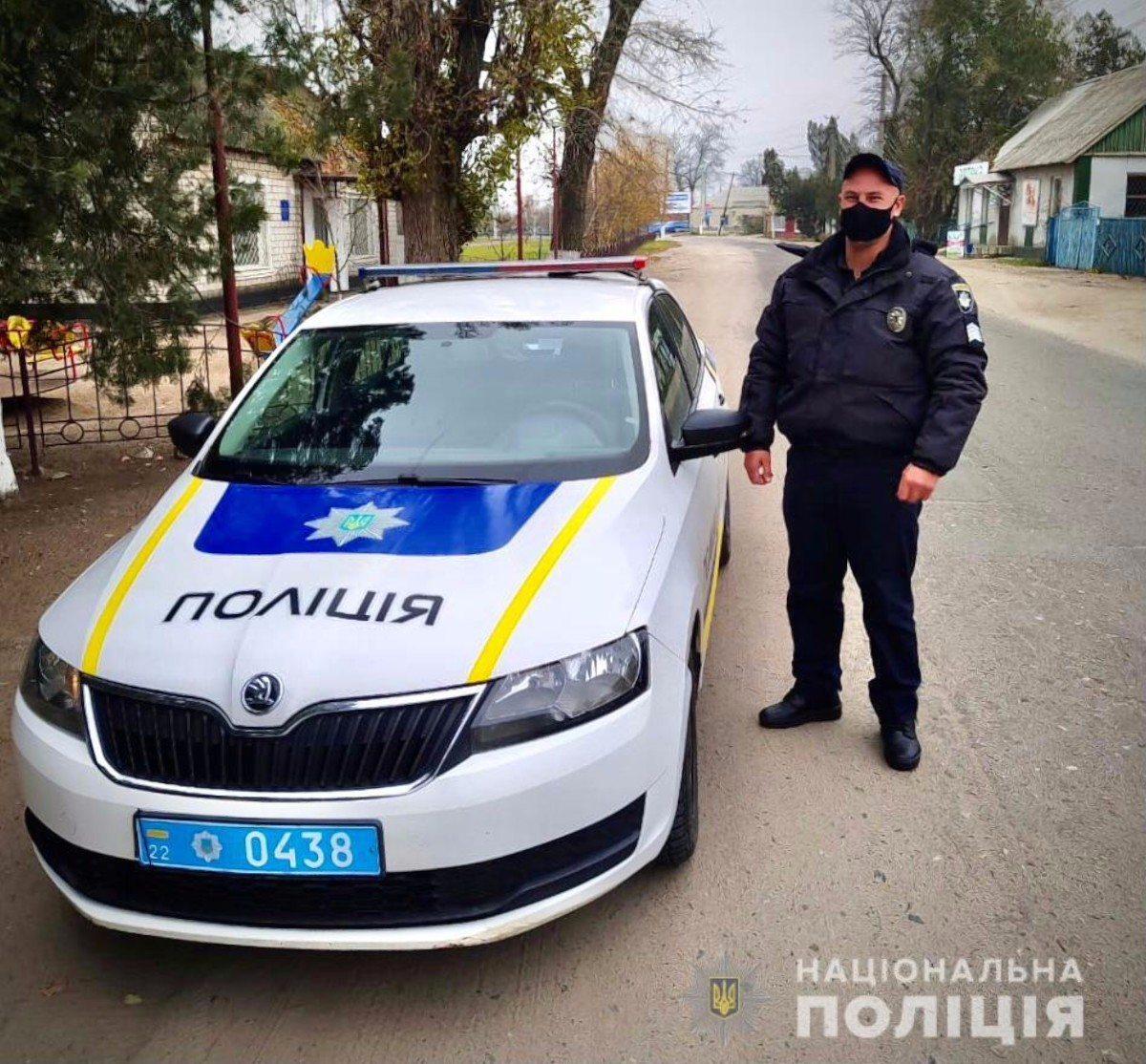 Жительница Херсонщины поблагодарила полицейских за помощь