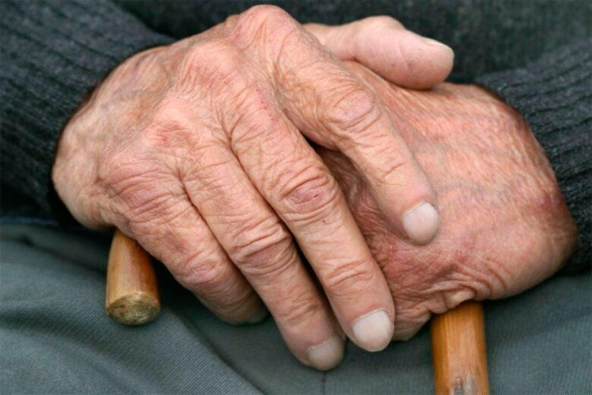 Немощного старика обокрали на Херсонщине