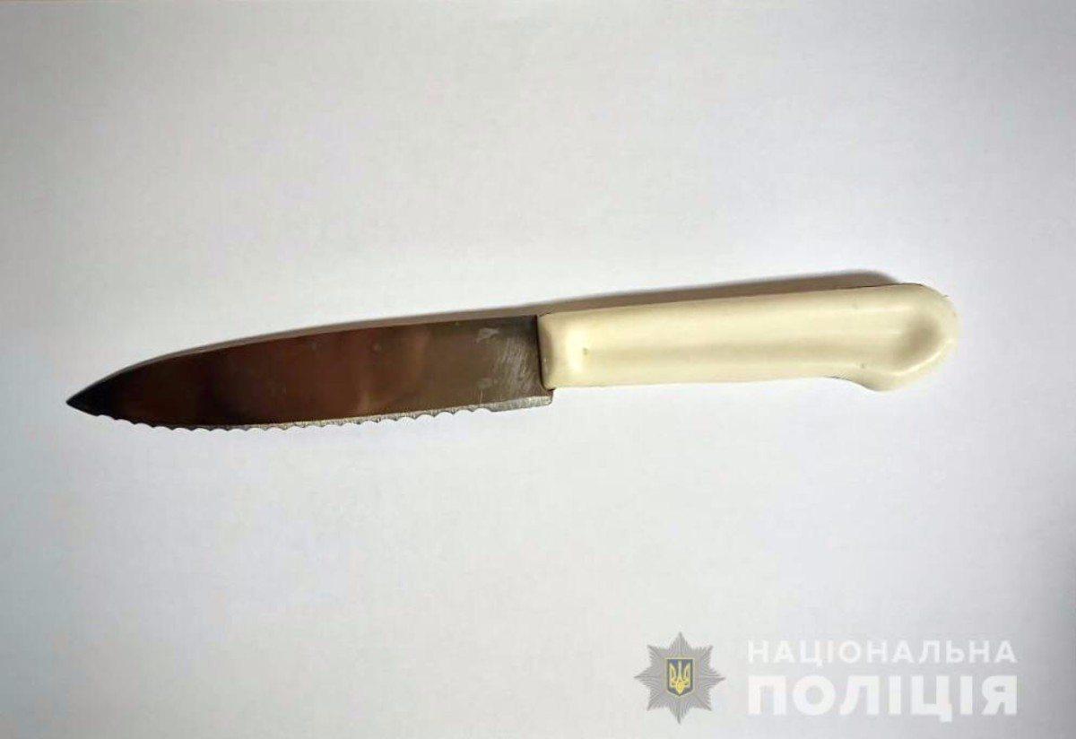 Херсонец ударил своего зятя ножом из-за давнего конфликта
