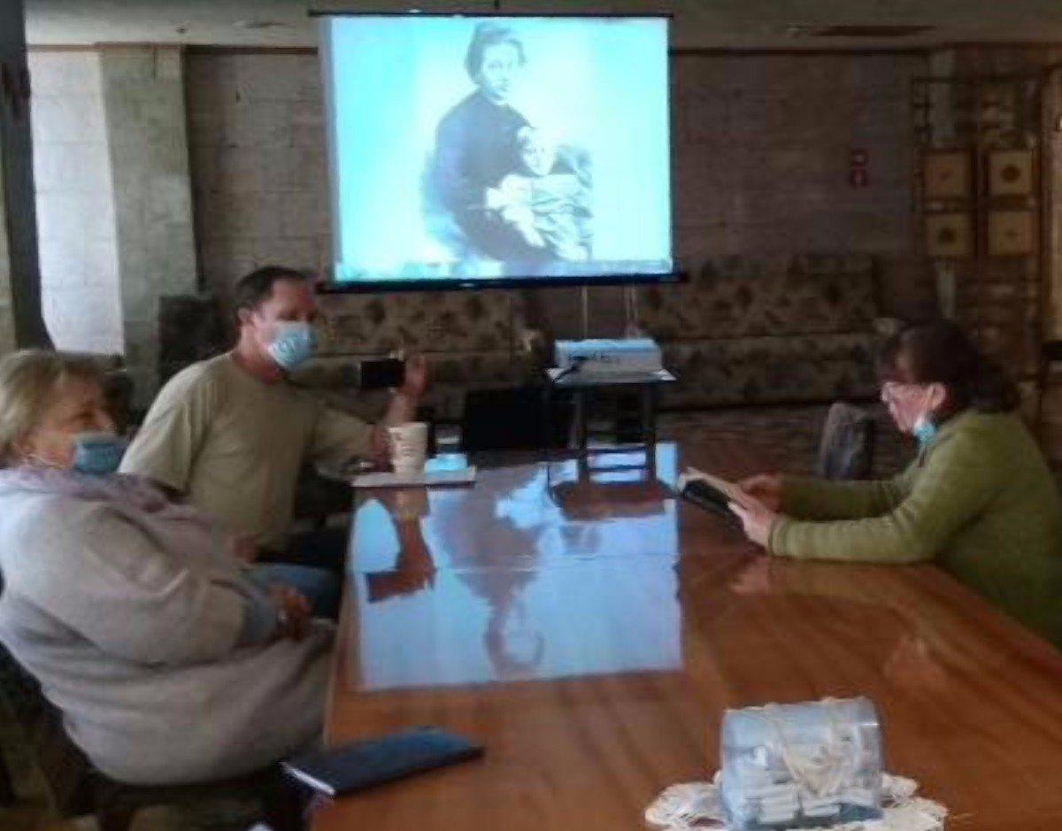 В Херсоне в библиотеке им.Гончара прошла встреча поэтов