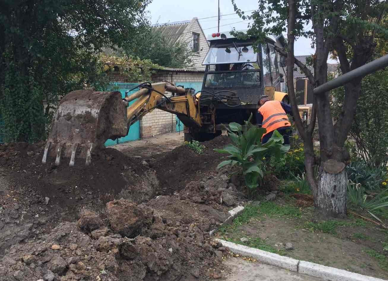 Херсонский водоканал заменил 5 километров водопровоных труб по заявкам жителей