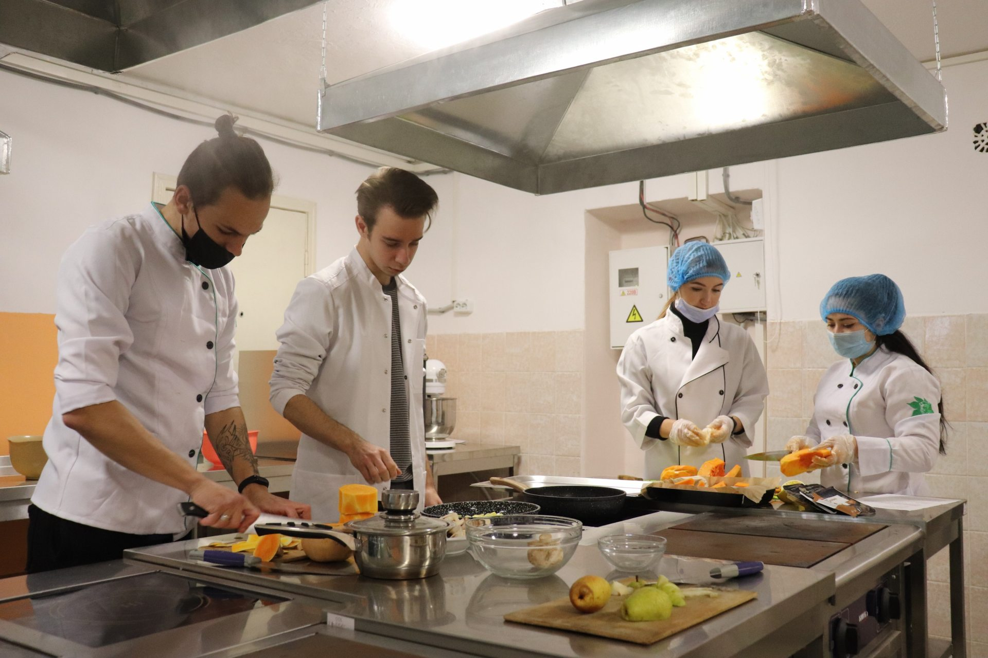 Студенти ХДУ відновлюють кулінарні традиції Херсонщини