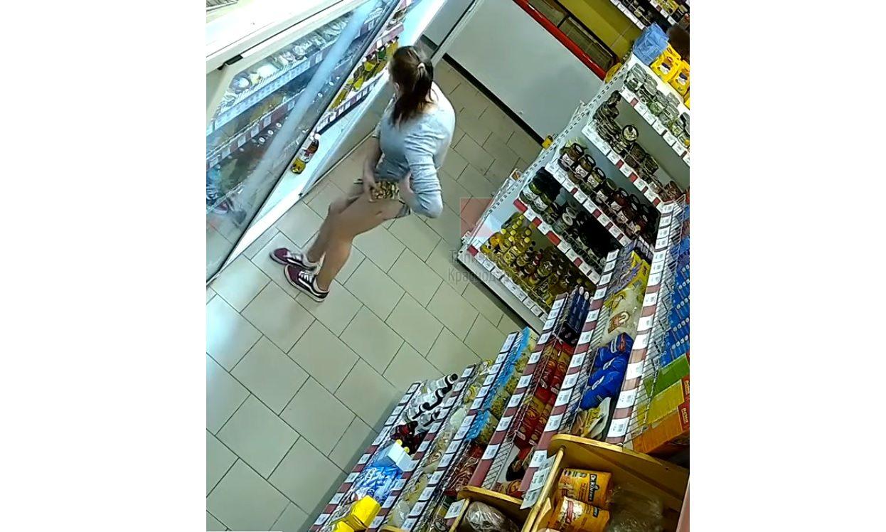 В Херсоне женщина пыталась украсть из супермаркета 5 кило масла