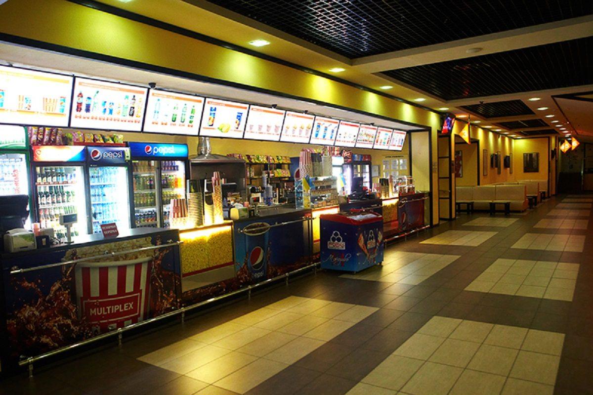 В выходные на Херсонщине кафе и кинотеатры работать не будут