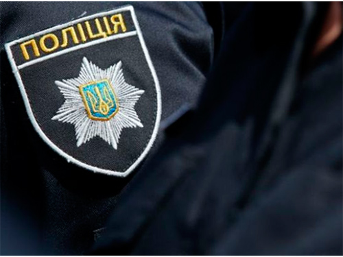 На Херсонщине вооруженный бродяга кидался на полицейских