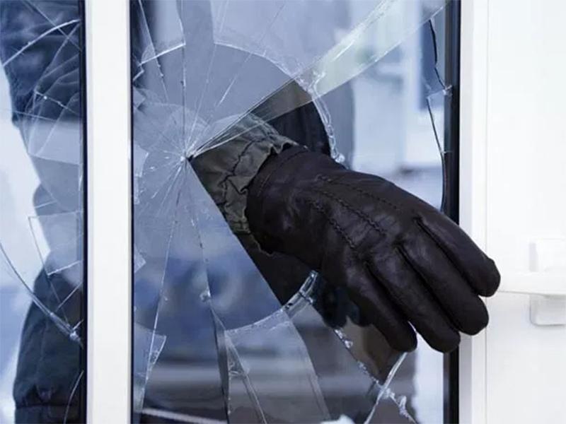 На Херсонщине бдительная продавщица помогла раскрыть кражу из кафе по соседству