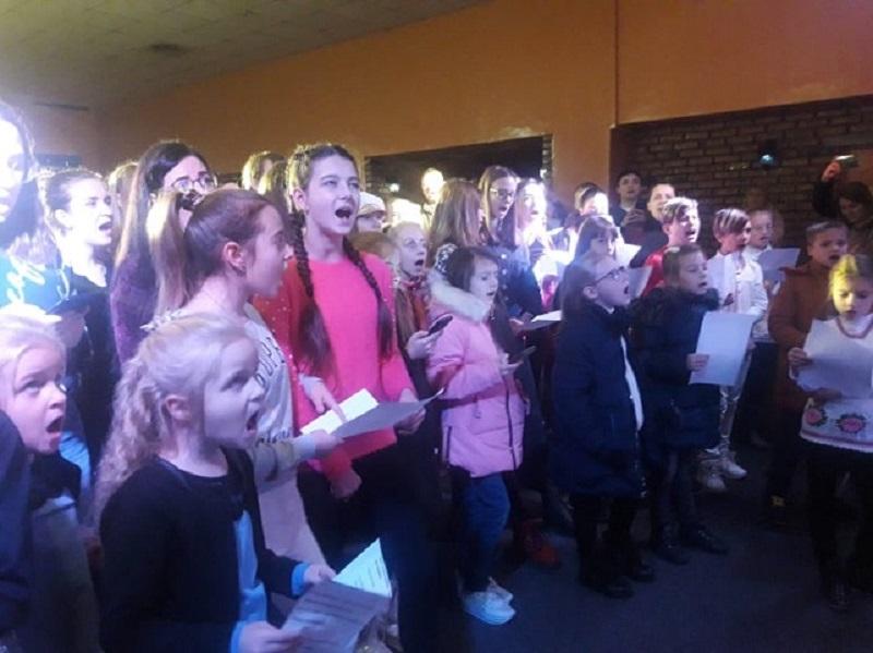 У Херсоні відбувся флешмоб хорового співу